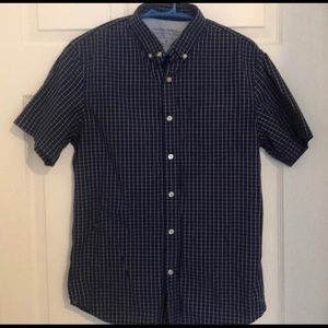 Ba nana Republic Short Sleeve button down shirt